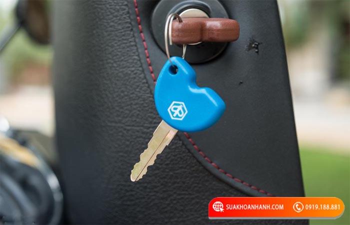 Đánh chìa khóa xe vespa lx tại hà nội