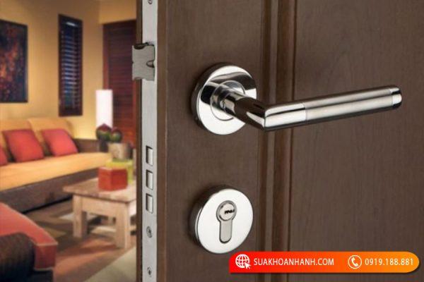 Khóa cửa tay gạt giá rẻ có đảm bảo an toàn không?