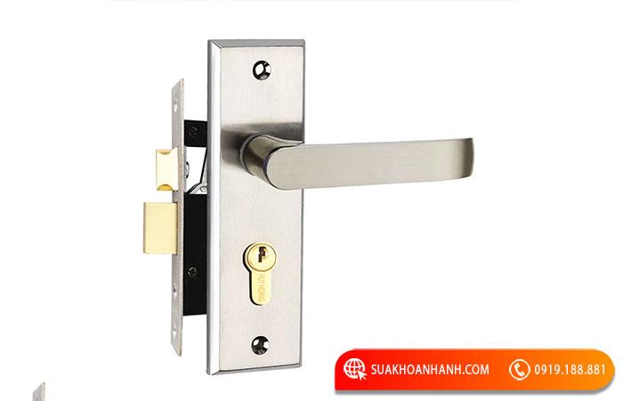 Ổ khóa cửa tay gạt có cấu tạo như thế nào?